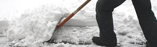 SauberWelt Gebäudereinigung Ludwigsburg übernimmt für Sie: Den Winterdienst, Streudienst und das Schneeräumen